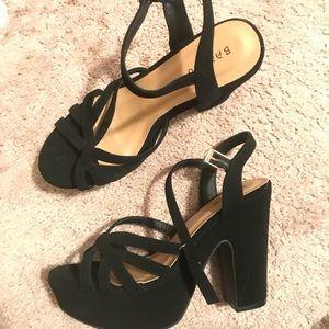 Platform black heels